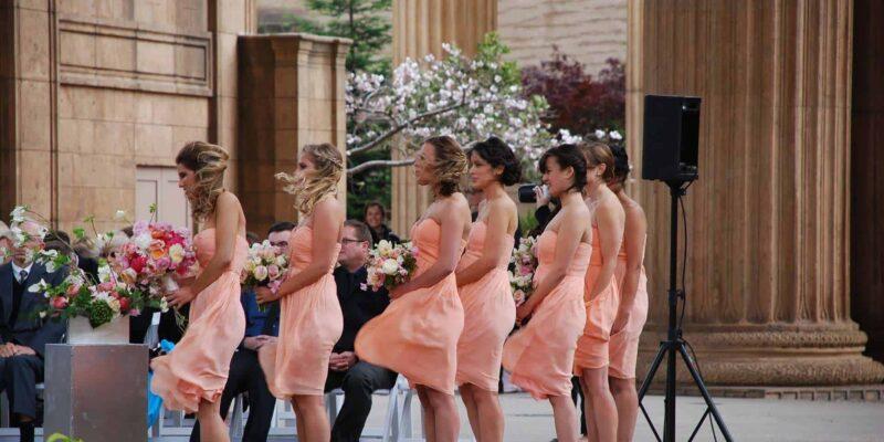 W jakim terminie zorganizować wesele?