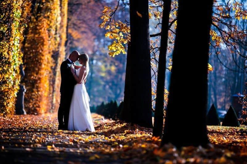 Oryginalna sesja ślubna w plenerze – pomysły