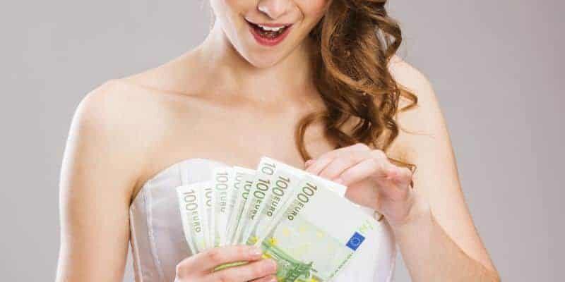 Ile należy dać w kopercie na wesele?