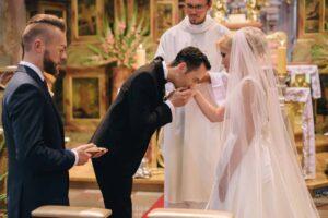 Zdjęcia ze ślubu i wesela - zimowy ślub - suknie ślubne